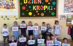 Więcej o: Oddziały Przedszkolne – Dzień Kropki